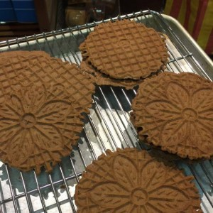 chocolate-pizzelle